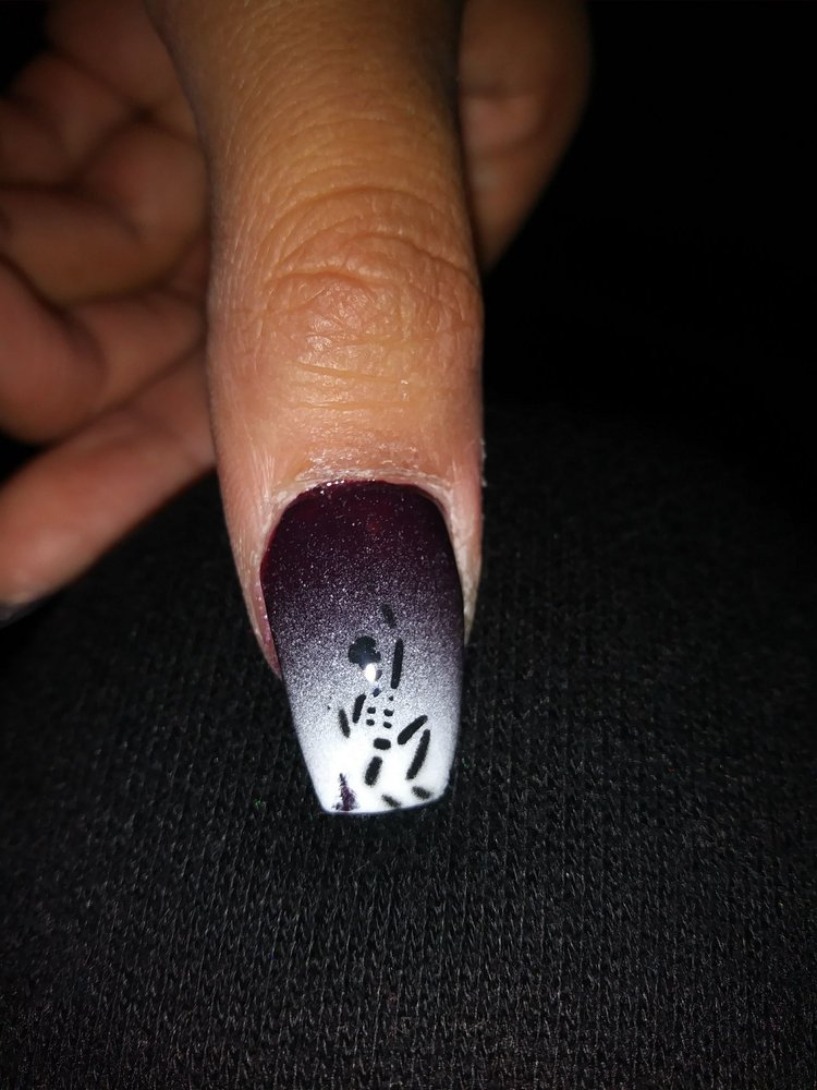 Lili\'s Nails & Salon - 56 Photos & 38 Reviews - Nail Salons - 2015 ...