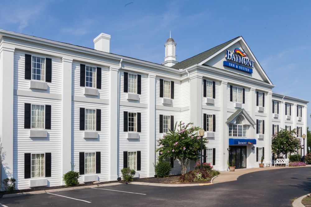 Baymont by Wyndham Columbia Maury: 715 James M. Campbell Blvd., Columbia, TN