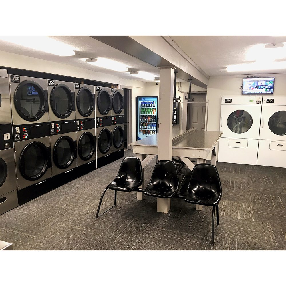 Basilone Coin Wash Laundry: 416 S Main St, Zelienople, PA