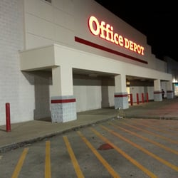 Photo Of Office Depot   Baytown, TX, United States. Trash Everywhere
