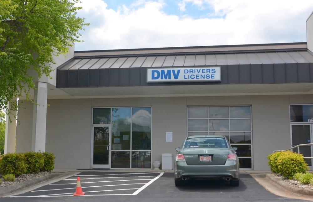 North carolina division of motor vehicles ncdot dmv for Florida department of motor vehicles phone number