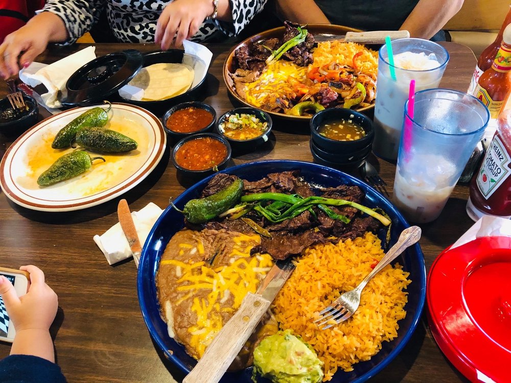 Rancho Alegre Mexican: 633 E Fairhaven Ave, Burlington, WA