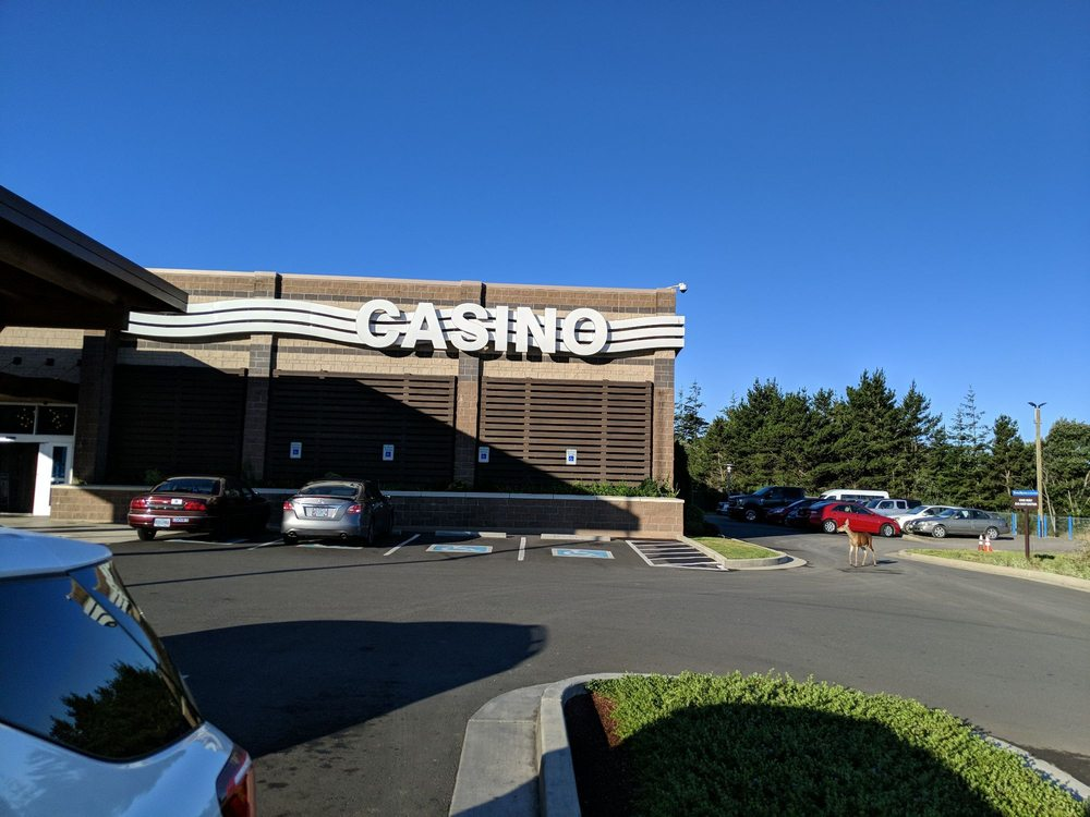 Three Rivers Casino: 1297 Ocean Blvd Nw, Coos Bay, OR