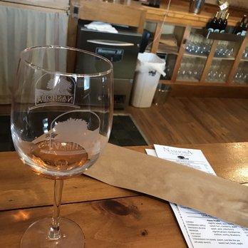 Photo Of Nashoba Valley Winery   Bolton, MA, United States. Bartender Doesnu0027