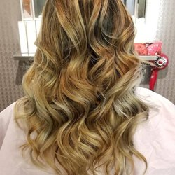 Momo Hair Salon 226張相片及48篇評語 髮型美容 2156 Yonge Street