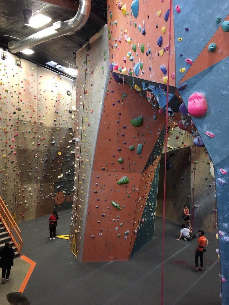 inSPIRE Rock Indoor Climbing Gym: 403 E Louetta Rd, Spring, TX