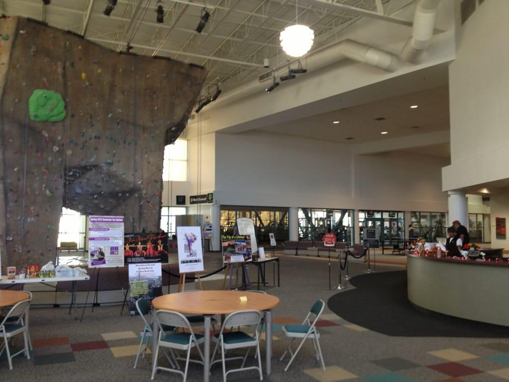 San Juan College: 4601 College Blvd, Farmington, NM