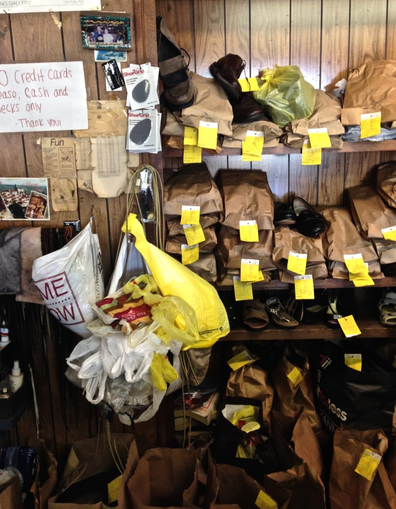 Tony's Shoe Repair: 226 N Highland Ave, Ossining, NY