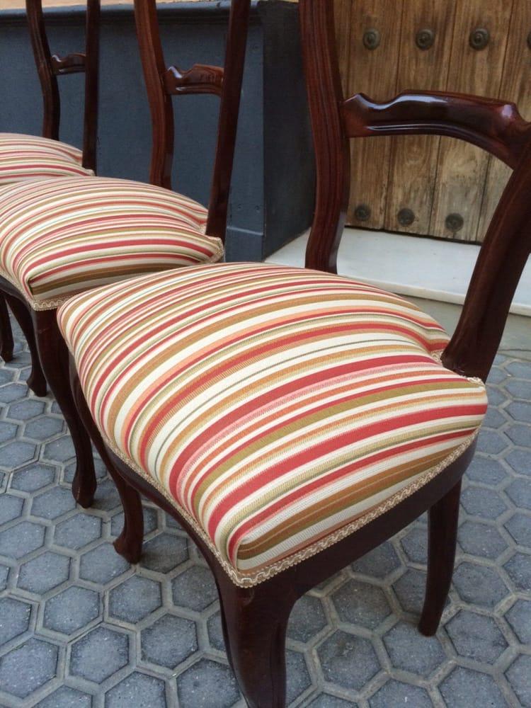 Tapizado de sillas de comedor cl sicas con tejido de rayas for Sillas de comedor clasicas tapizadas