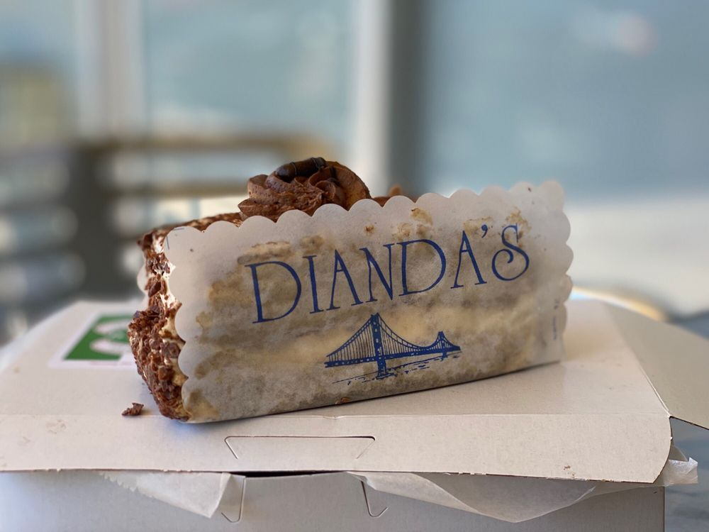 Dianda's Italian American Pastry: 117 De Anza Blvd, San Mateo, CA
