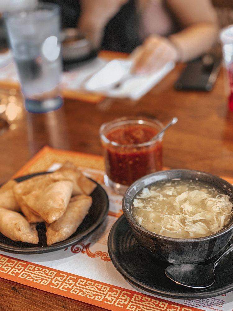 Phan-Shin Chinese & Thai Restaurant: 104 W High St, Oxford, OH
