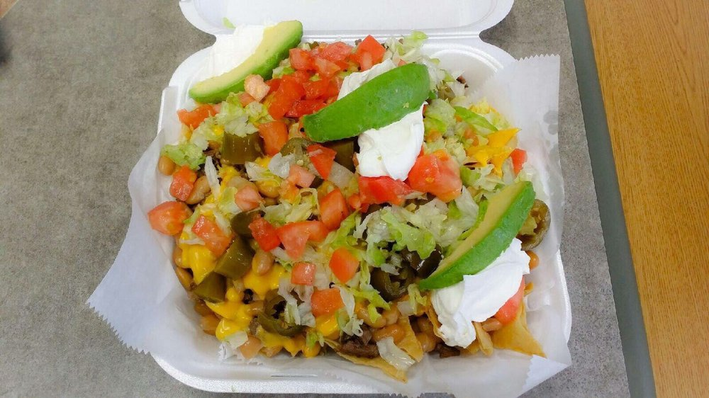 Reyes Grill: 3903 S Kedzie Ave, Chicago, IL