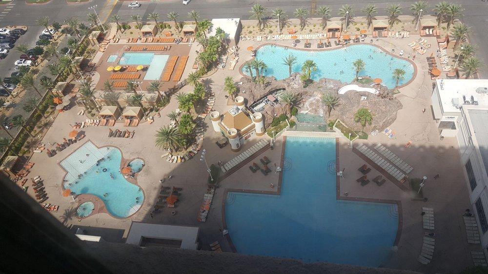 Excalibur Hotel Las Vegas Map.Excalibur Pool 57 Photos 57 Reviews Swimming Pools 3850 Las