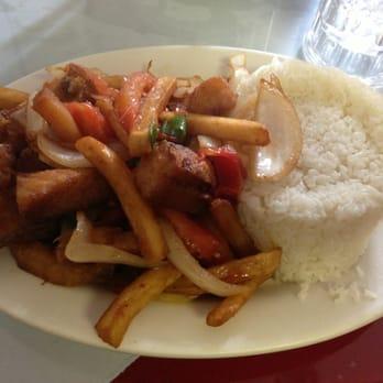 La tia delia restaurant 29 photos 44 reviews for Fish market paterson nj