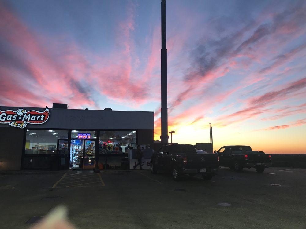 Gas Mart St Clair