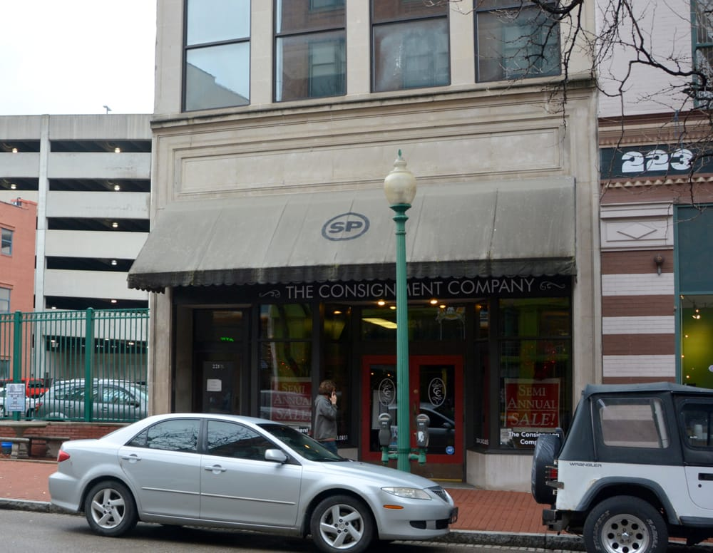 The Consignment Company: 221 Capitol St, Charleston, WV