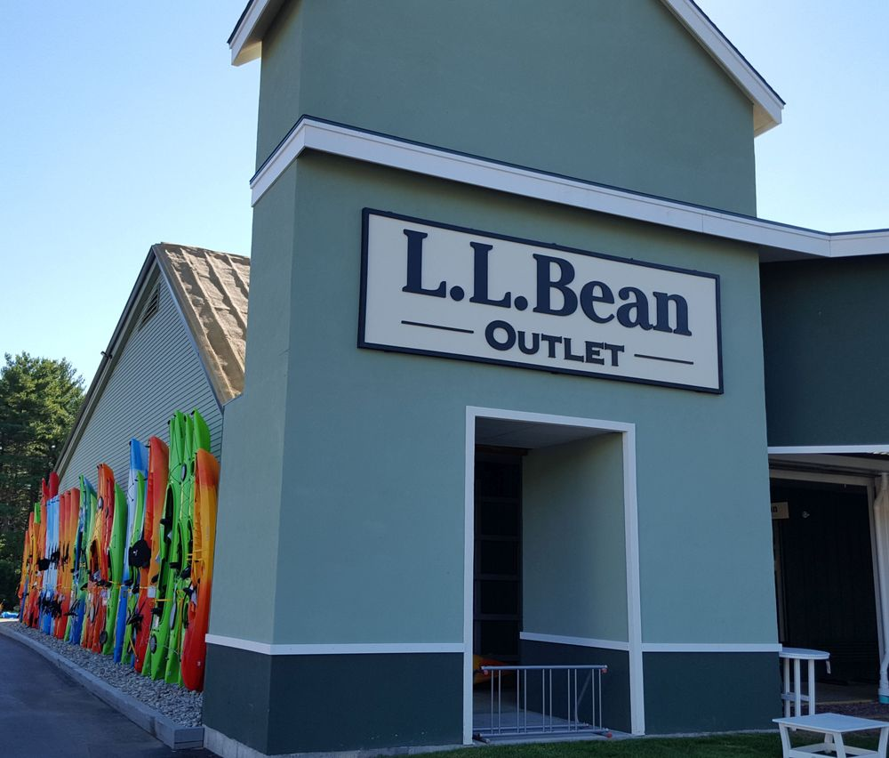 LL Bean Outlet - 23 Photos - Outlet Stores - 1444 US 9, Lake George ...