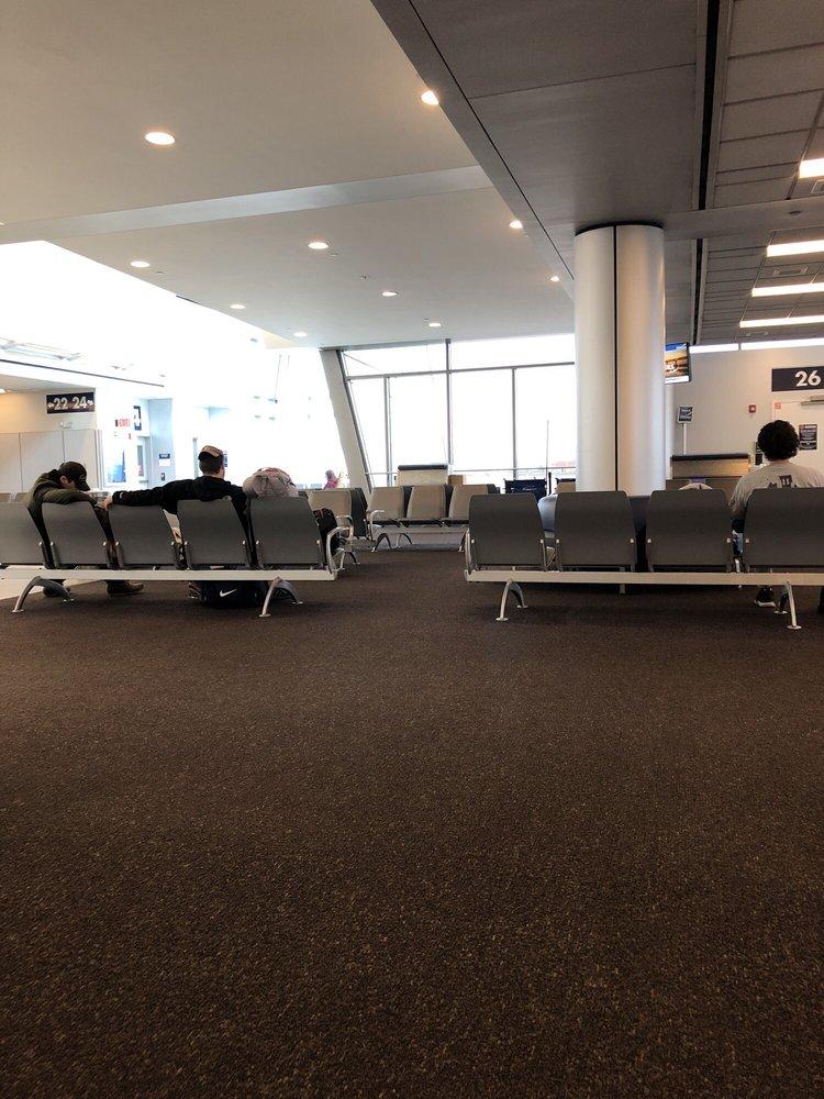 Uber Toronto Phone Number >> Buffalo Niagara International Airport - BUF - 219 Photos & 334 Reviews - Airports - 4200 Genesee ...
