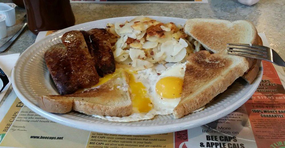 Debs Diner: 720 Main St, Strattanville, PA