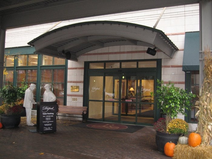Restaurants Near The Depot Minneapolis Mn