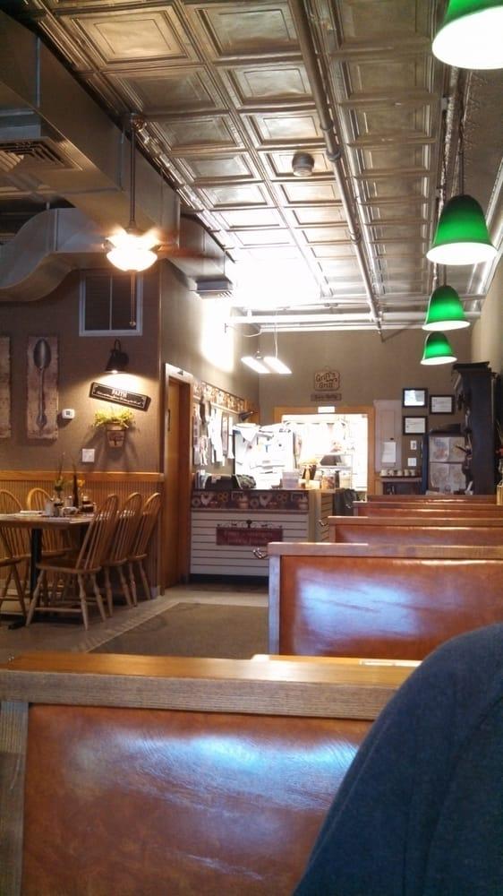 Main Street Grill: 491 Main St, Athol, MA