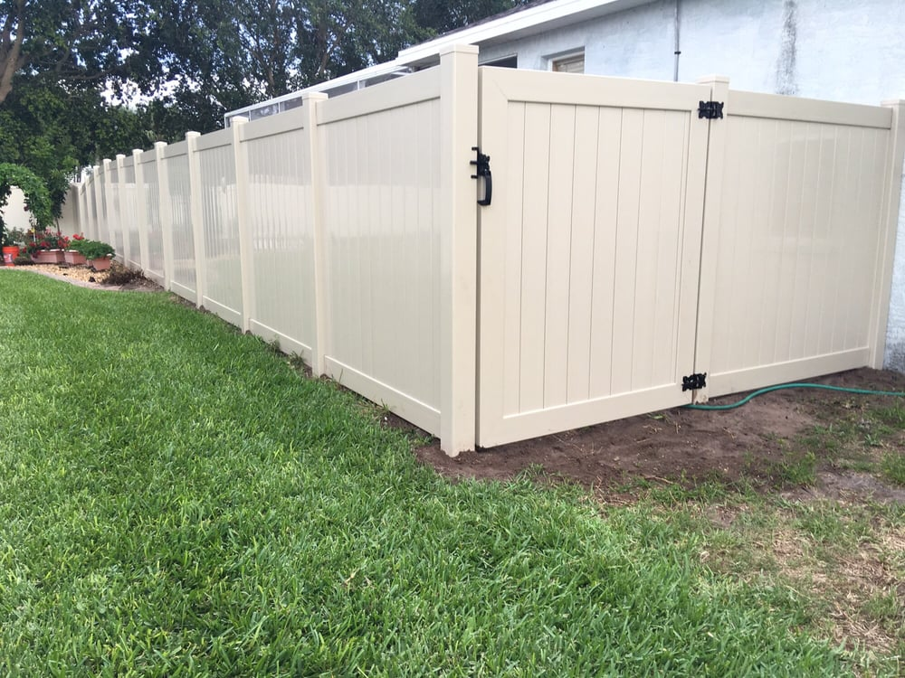 6 Foot Tall Tan Pvc Fence Put A Bigger Gate In For Them