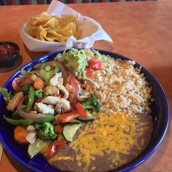 Photo Of Mazatlan Mexican Restaurant Everett Wa United States Carnitas De Pollo