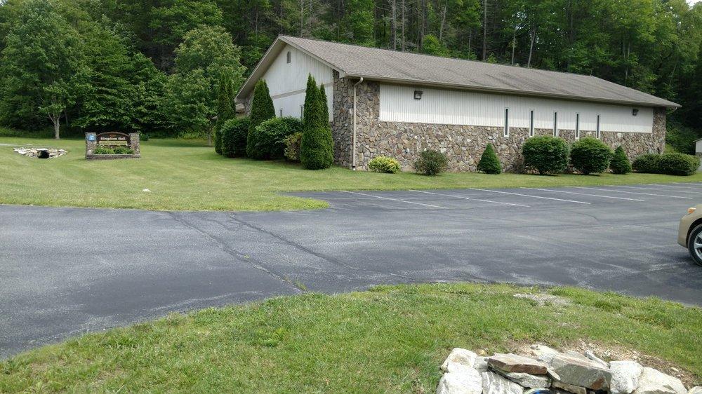 Kingdom Hall of Jehovah's Witnesses: 4939 Elk Park Hwy, Elk Park, NC