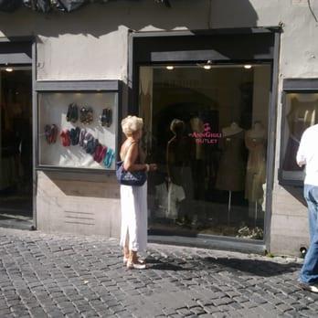 online migliore selezione di in vendita Ann Gigli Outlet - Outlet - Via della Lungaretta 94 ...