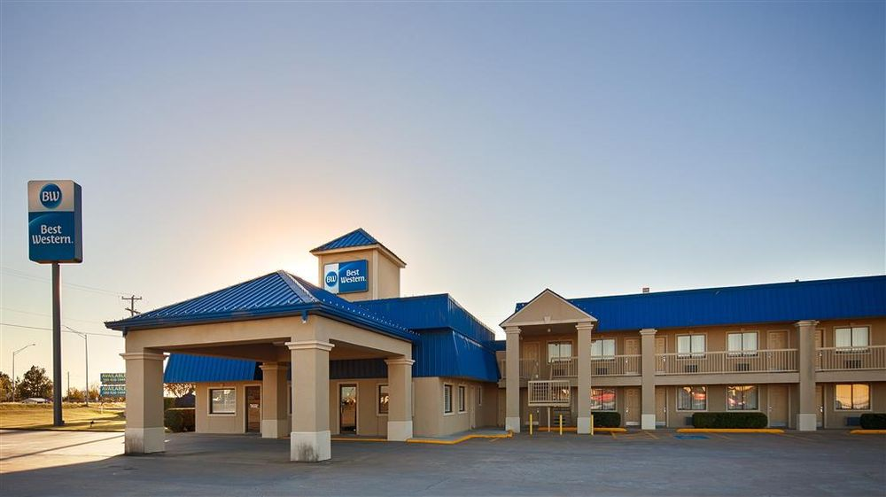 Best Western Inn of McAlester: 1215 S George Nigh Expy, Mcalester, OK