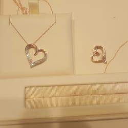 Jared Galleria of Jewelry Jewelry 12249 Jefferson Ave Newport