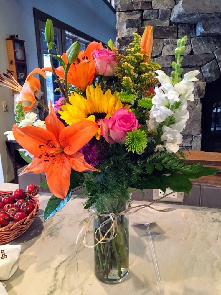 All Seasons Garden & Floral: 31831 Hwy 200, Sandpoint, ID
