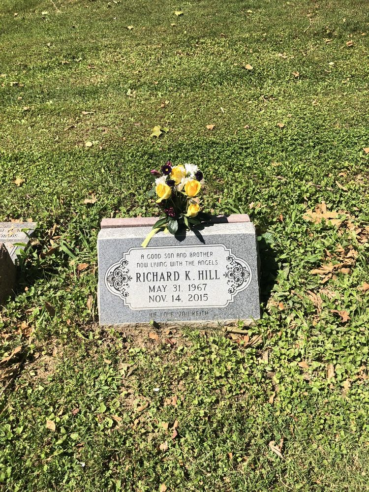 St Peter's Cemetery: 2101 Lucas And Hunt Rd, Saint Louis, MO