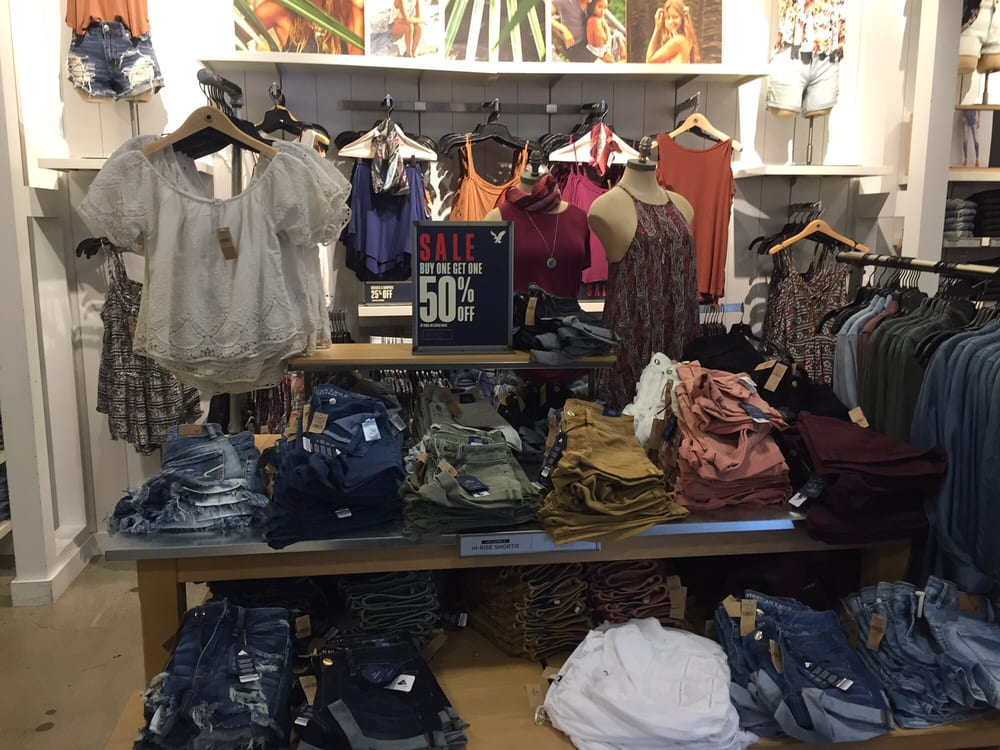 c78c0e2bb9f3 American Eagle Outfitters Outlet - 22 Reviews - Outlet Stores - 212 ...