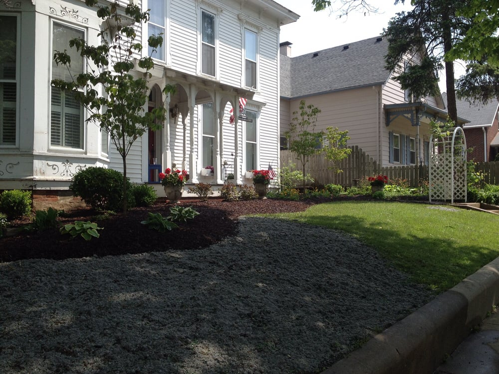 Landscaping & Trees by GT: Darlington, IN
