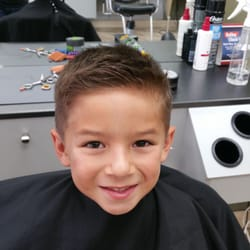Great Clips - 12 Photos & 57 Reviews - Hair Salons - 211 Primrose Rd ...