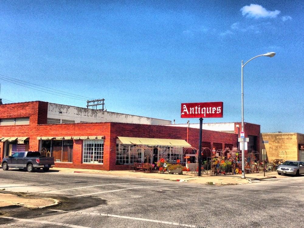 Park Avenue Antiques: 515 N Park Ave, Fremont, NE