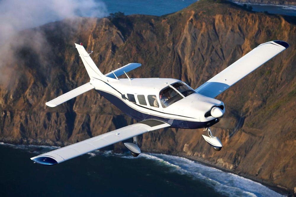 Norcal Flight Center: 1420 Flightline Dr, Lincoln, CA