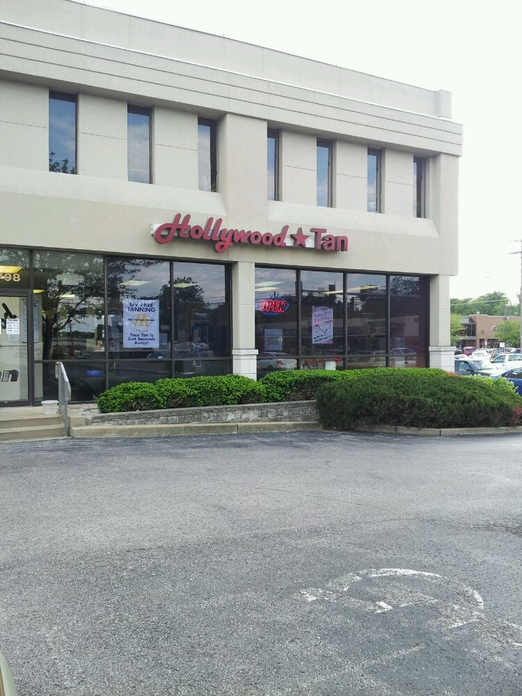 Hollywood Tans: 8798 Manchester Rd, Brentwood, MO