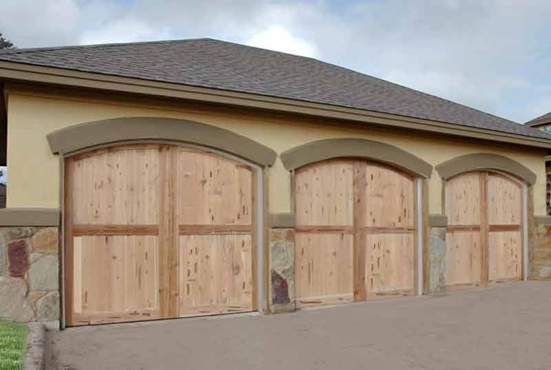 Star garage doors builders 11789 w san vicente blvd for Brentwood garage door