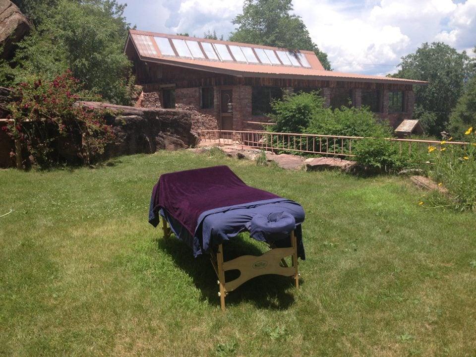 Waterfall spa day spa saune hammam 4181 county rd 203 for Noleggio di durango cabinado colorado