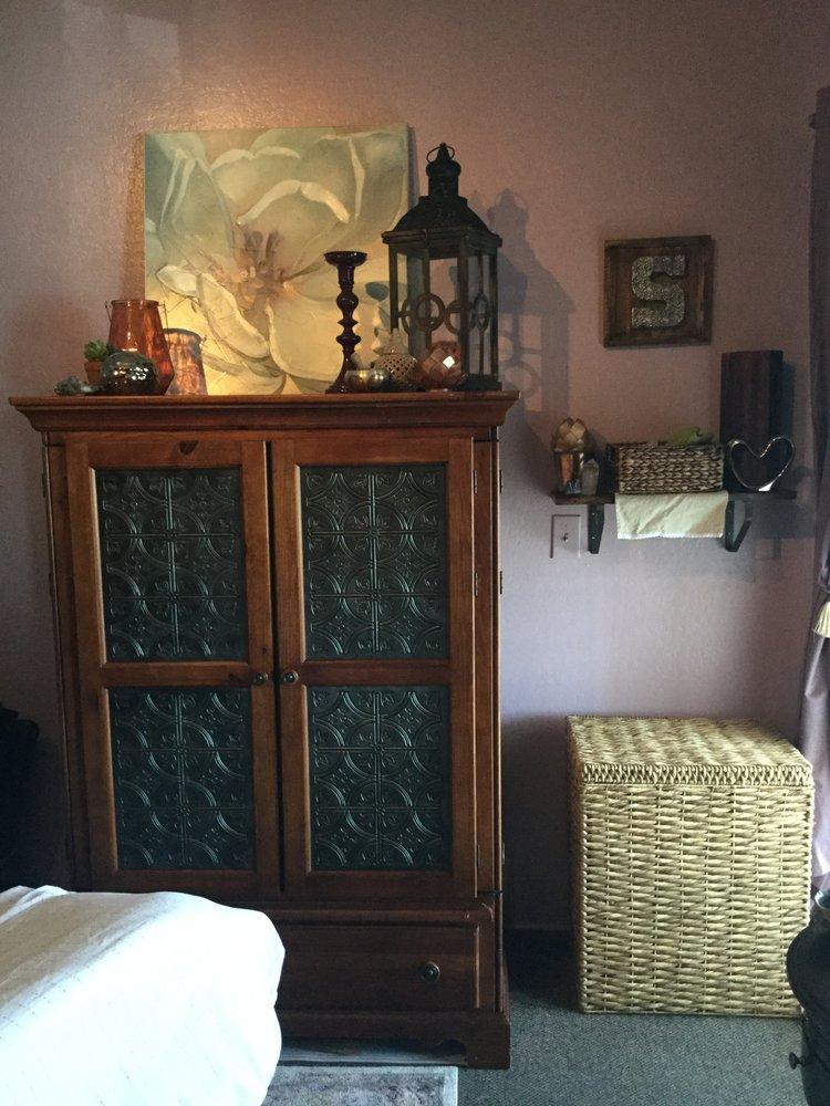 Sanctuary Therapeutic Massage: 1123 Hilltop Dr, Redding, CA