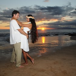 Photo Of Hawaiian Island Weddings Kihei Hi United States Style