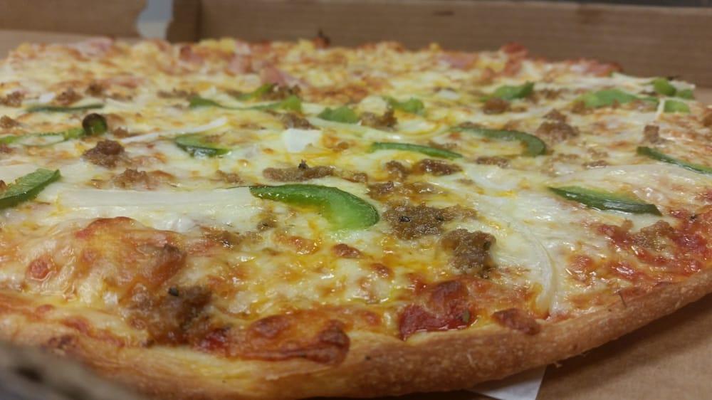 B'Ville Pizzeria: 24 E Genesee St, Baldwinsville, NY