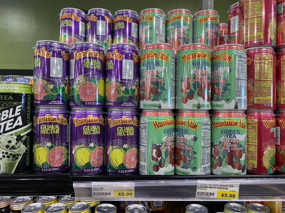 Oh! Market-International Food: 7412 Stream Walk Ln, Manassas, VA