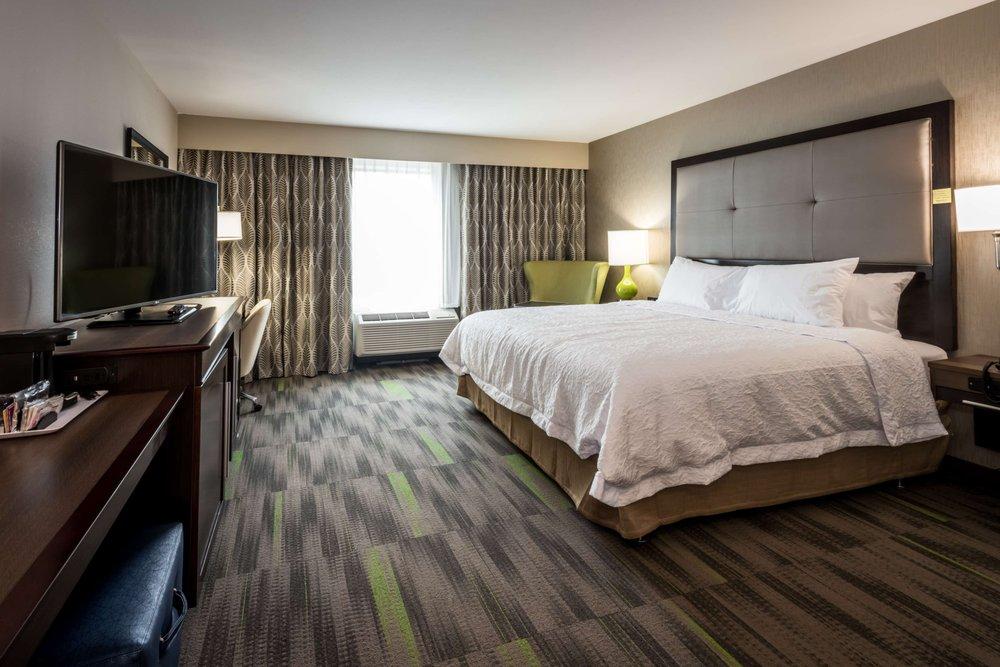 Hampton Inn & Suites Hammond: 2842 Carlson Dr, Hammond, IN