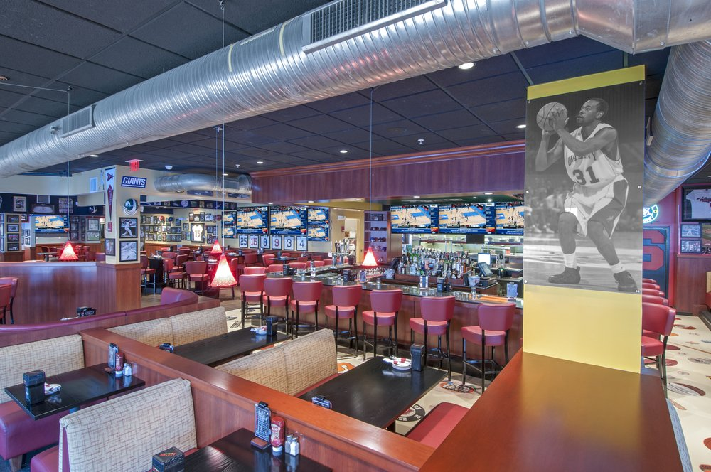 Recovery Room Sports Grill 50 Photos Amp 82 Reviews