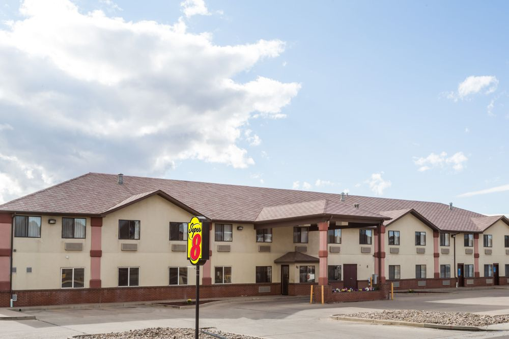 Super 8 by Wyndham Rock Springs: 88 Westland Way, Rock Springs, WY