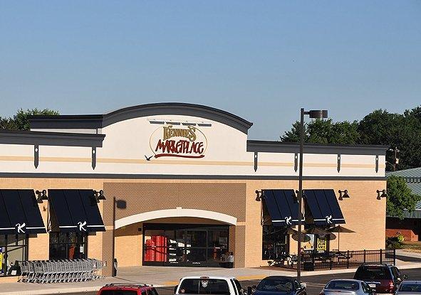 Kennie's Markets: 520 E Baltimore St, Littlestown, PA