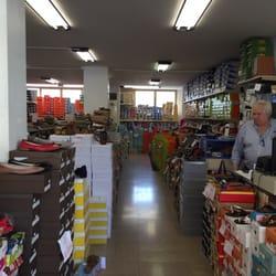 74c37cfcfa202 Miglior i Negozi di scarpe vicino a Via Giovanni Lanza 23